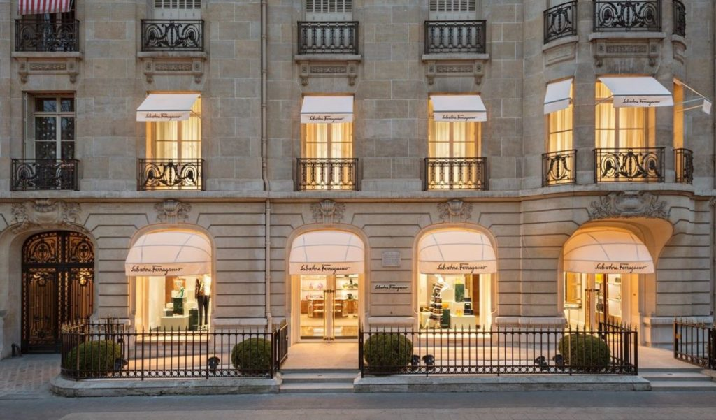 Salvatore Ferragamo, Avenue Montaigne